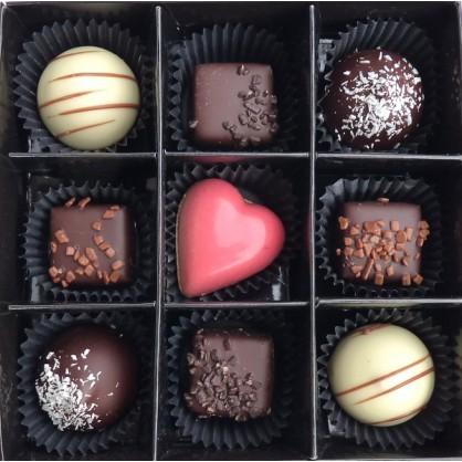 Coffret 9 chocolats artisanaux en assortiment
